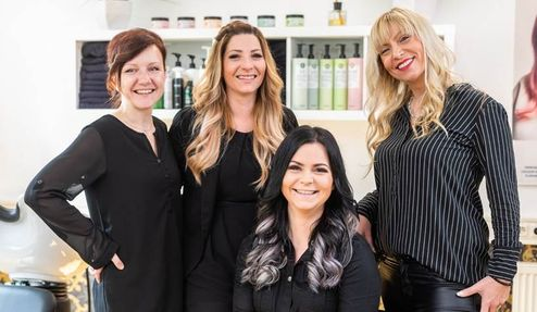 BACH's Friseursalon Team